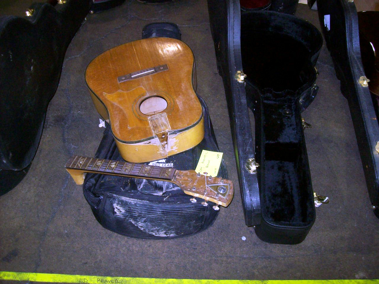 3 Reasons to Leave Instruments at Home during Vacation